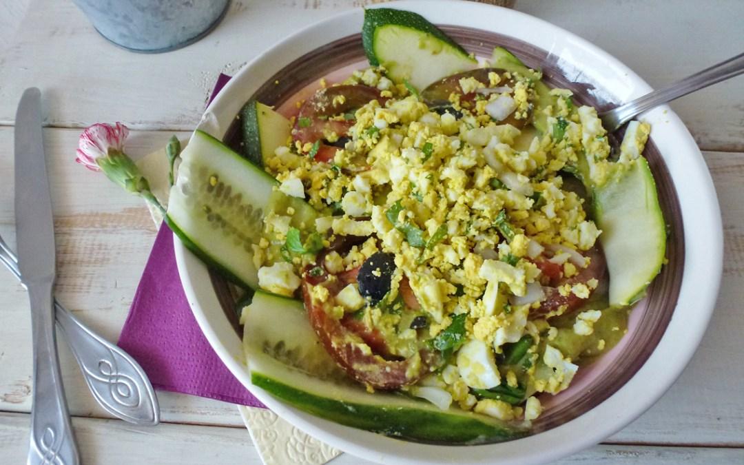 Salade poids plume et sa crème légère avocat petis pois ( sans céréales)