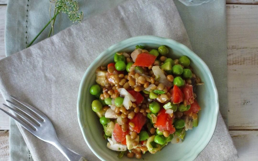 Salade de petits pois et lentilles à la coriandre ( vegan, sans gluten )