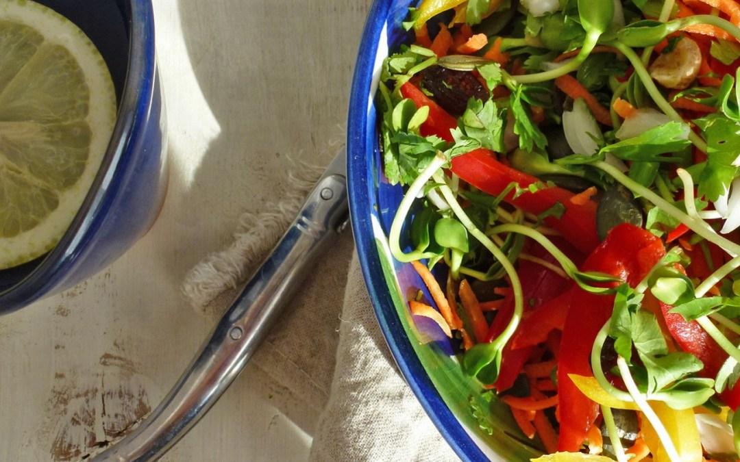 Salade croquante multicolore