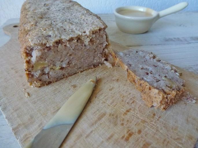 pain-au-riz-demi-complet-cuit-et-noisettes-par-kiwi-forme