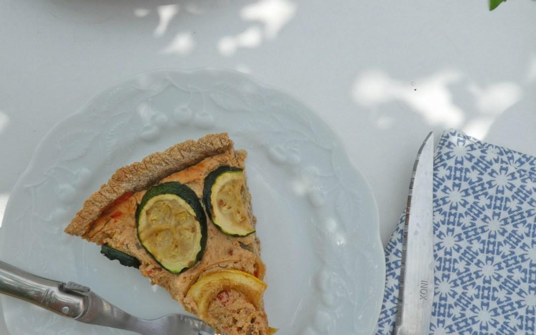 Tarte au tofu, poivrons, courgettes et tomates séchées  ( Vegan, faible teneur en gluten )