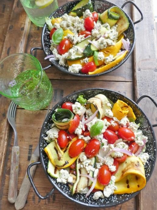 Des recettes pour toute le famille, des recettes sans gluten des recettes sans blé des desserts sans céréales beaucoup de recettes de légumes des recettes toujours allégées en sucre des recettes végétaliennes d'autres végétariennes des recettes qui respectent les principes de combinaison