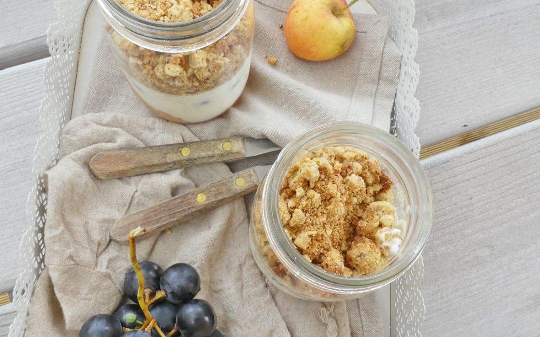 Crumble sain en pot pour petit déjeuner gourmand (Sans céréales, Index glycémique bas, vegan )
