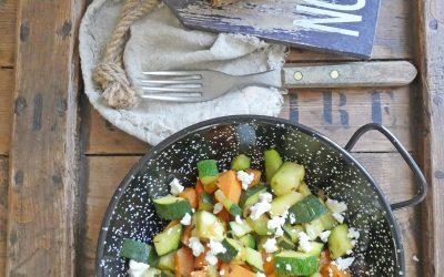 Deux idées pour cuisiner une poêlée de légumes courgettes /patates douces ( Végétarienne ou vegan )