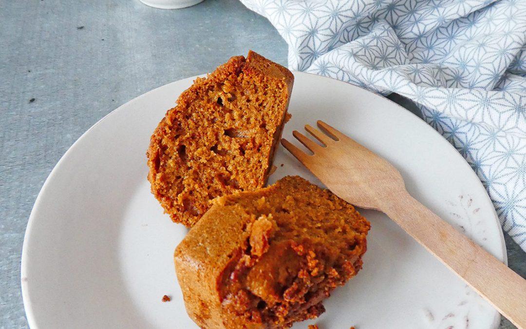 Gâteau crumble au petit épeautre, orge et noisette