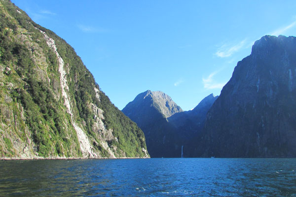 weather milford sound