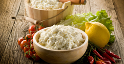 cottage-cheese-herbs-and-lemon