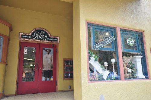 KJsArtStudio.com   Roxy Upper Room of Local Art Expressions - Art Gallery - Eureka Springs - Arkansas
