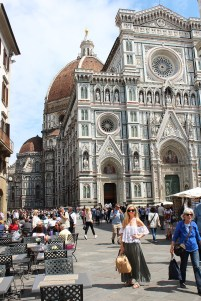 Il Duomo (In the color combo everyone in Florence was wearing - olive for days!!!)