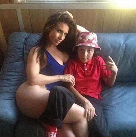 Maman trop chaudasse