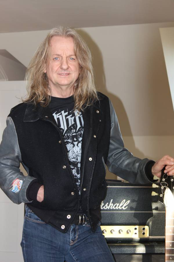 K. K. Downing : downing, Homepage, Downing´s, Steel