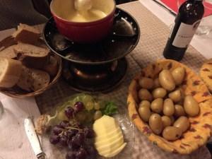 本場スイスでチーズフォンデュを食べたら感動した!