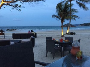 ビンタンのビーチバー「PANTAI GRILL & BEACH CLUB」