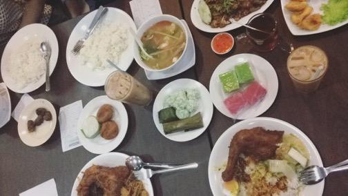 マレーシアローカル食事