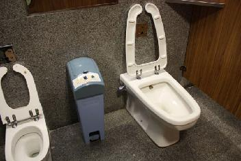 クアラルンプール トイレ 子供