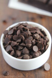 diy-dark-chocolate-chips_2009
