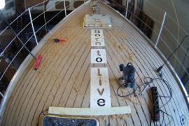 Deck der Selbstausbau-Alu-Yacht
