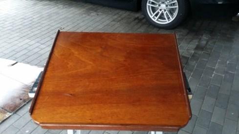 Der ursprüngliche Tisch.