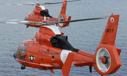 Coast Guard searches for missing boater on Oregon coast