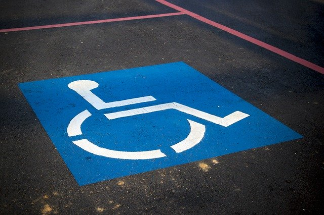 handicap-parking-3865315_640.jpg
