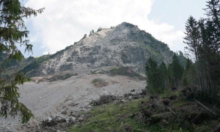 Be alert for landslides in the Cascade foothills of Oregon