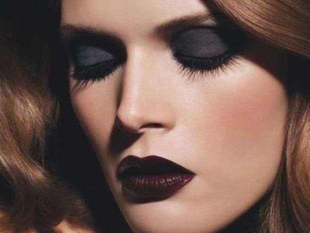 dark-lips-makeup