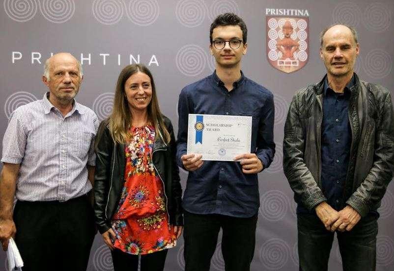 1fffewfe Fituesi i garës së matematikës fiton edhe bursë në Slloveni