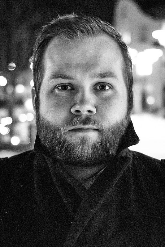 Eyþór Jóvinsson leikstjóri.