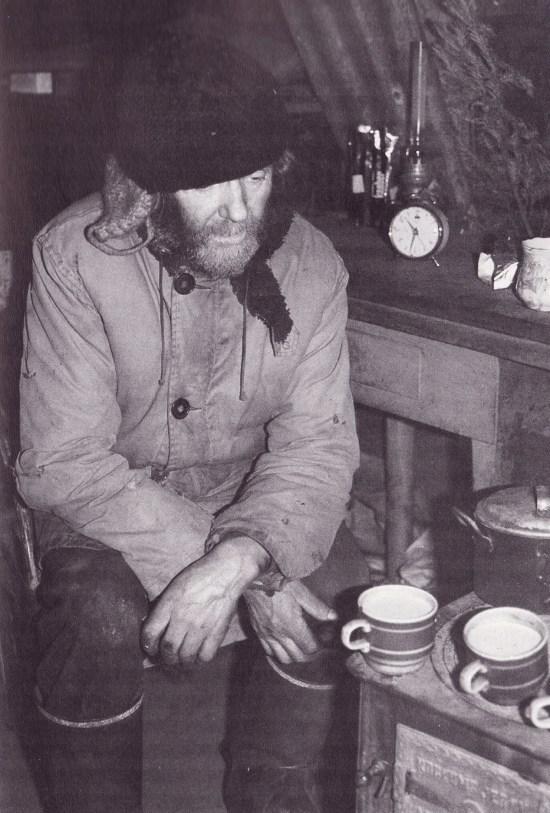 Ómar Ragnarsson sótti Gísla á Uppsölum heim 1981 í þættinum Stiklur sem sýndur var um jólin það ár. Með í för voru Páll Reynisson tökumaður og Sverrir Kr. Bjarnason hljóðmaður.