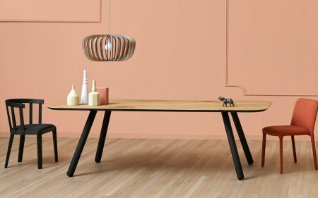 Pixie Table with black wooden Angled Legs