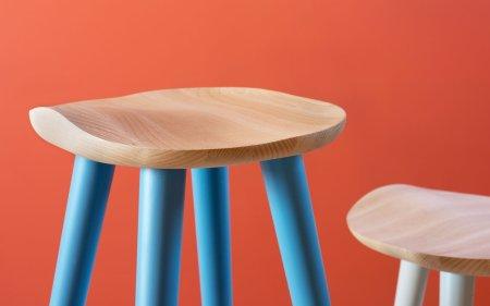 lechuck-wooden-stool
