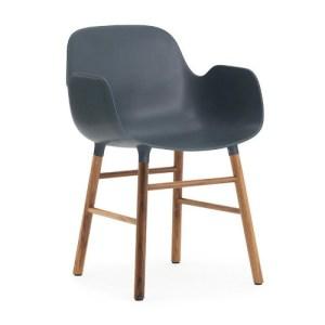 Normann Copenhagen Form Armchair Blue - Valnød