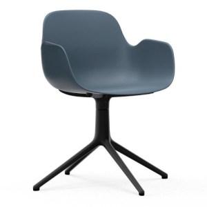 Normann Copenhagen Form drejestol med armlæn Blue - Alu Sort