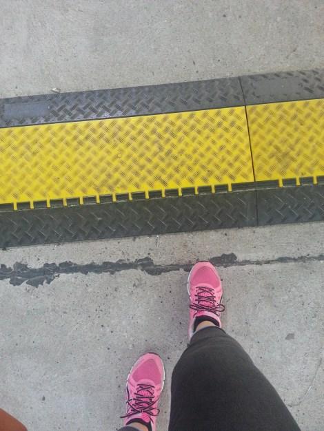 Heute gehen NUR flache Schuhe
