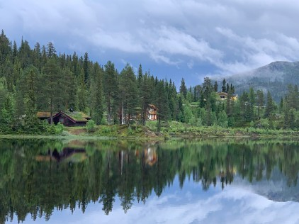 Views like these with wooden houses and cabins romantically placed by a lake were a common sight.