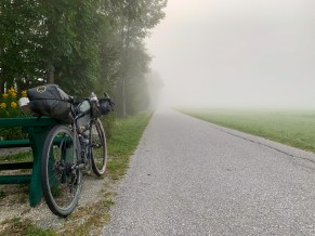Eerie early morning mist after departing from Sankt Michael im Lungau