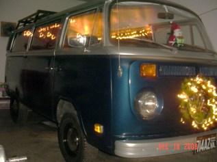 Christmas Bus `08 006