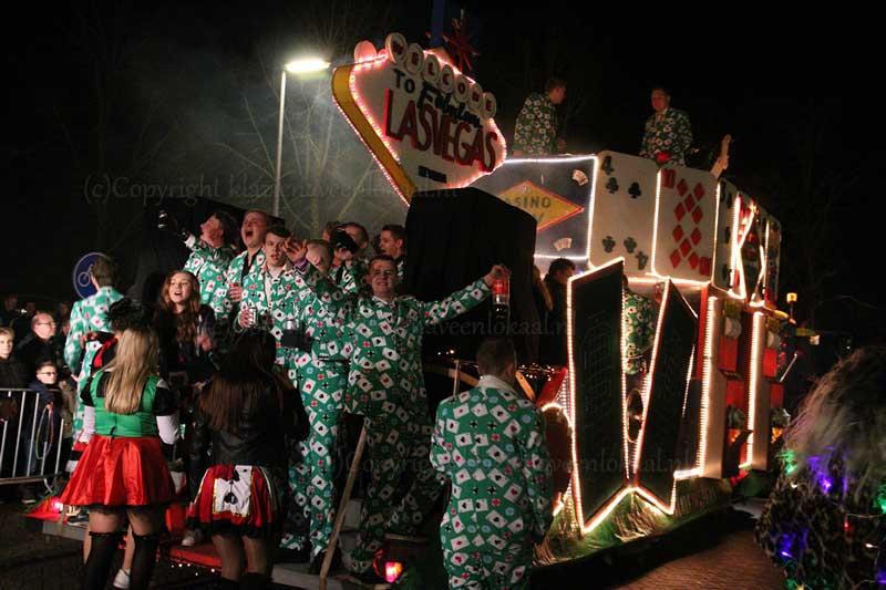 verlichte-carnaval-parade, kainbongels, emmer compascuum