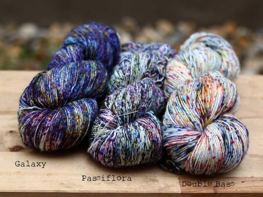 Malabrigo Mechita kombinácie Galaxy, Passiflora a Double Bass
