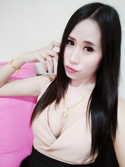 MAY from THAILAND YOUNG BEAUTIFUL GOOD SERVICE RECONMENDED NEW CAR