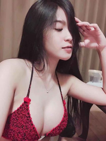HELEN from THAILAND 34D BIG BOOBS BEAUTIFUL YOUNG GOOD SERVICE