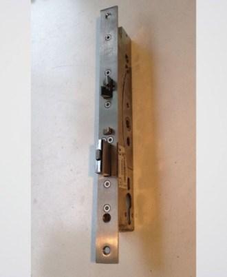 Kλειδαριά αυτόματου κλειδώματος για είσοδο πολυκατοικίας - Eff Eff ASSA ABLOY MEDIATOR 49
