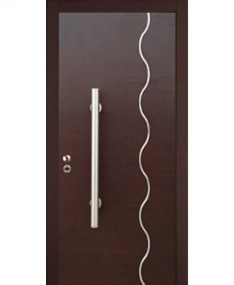 Θωρακισμενή πόρτα ασφαλείας καφέ με άσπρη καθετι γραμμή