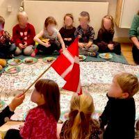 Een klas vol kleuters in je huis
