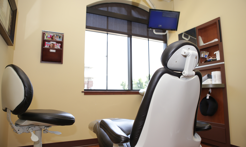 Modern dentist office of Douglas Klein DDS in Grandville MI 49418