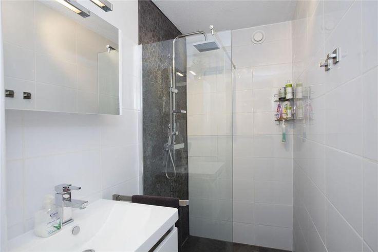 Kleine badkamer met inloopdouche  Kleine badkamersnl
