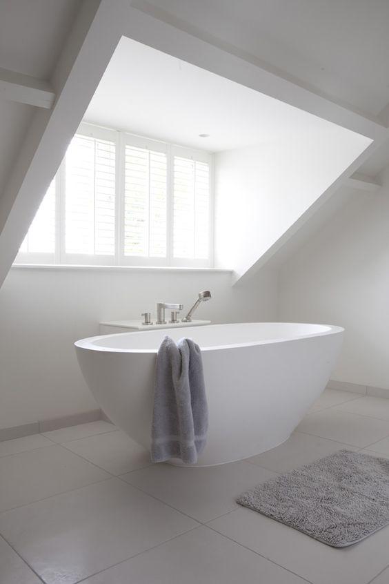 Badkamer op zolder maken  Tips en voorbeelden