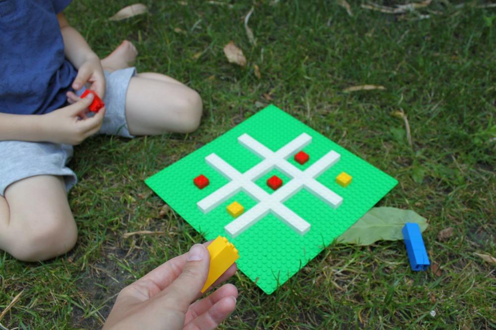 Boter-kaas-en-eieren met Lego