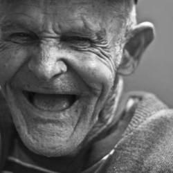 Rente Opa  Kleine Rente oder doch keine Rente? Podcast Main3 250x250