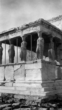 142 Akropolis 7_f